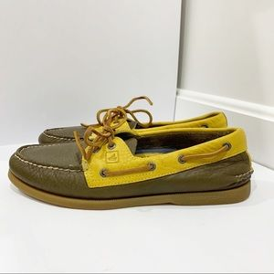 Sperry leather tan mustard boat shoes Sz 10.5